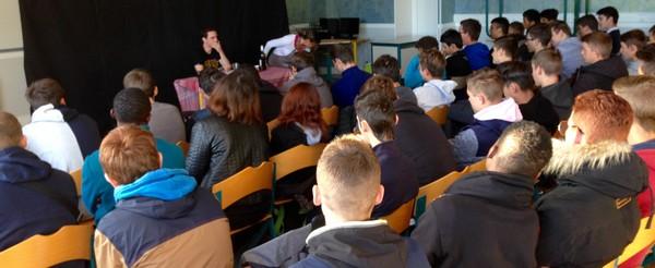 LMB Felletin : des élèves acteurs d'une action de prévention grâce au théâtre interactif !